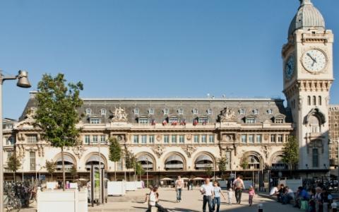 Hotel Near Gare de Lyon convenient for touring Paris