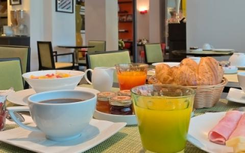 Paris Bastille Breakfast at Hotel Marais Bastille of course
