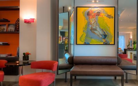 Best Hotels Summer Offers in Paris at Hotel Marais Bastille
